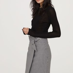 H&M Patterned Pencil Skirt